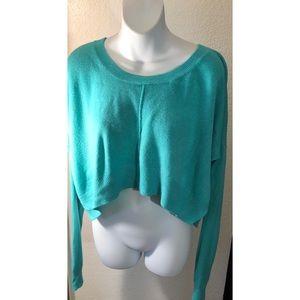 Joyce Leslie Mint green crop sweater - L
